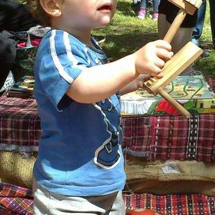 Ismerkedés a hangszerekkel a kis jurtánál
